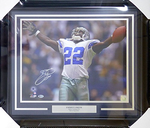 Emmitt Smith Autographed Framed 16x20 Dallas Cowboys - Beckett (Autographed Dallas Cowboys 16x20 Photo)