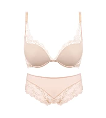 d6de301606 Varsbaby Women Value In Style Smooth Cup with Lace Push-Up Bra and Panties  Sets  Amazon.co.uk  Clothing