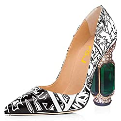 Shoe With Pointed Toe, High Heel And Crystal