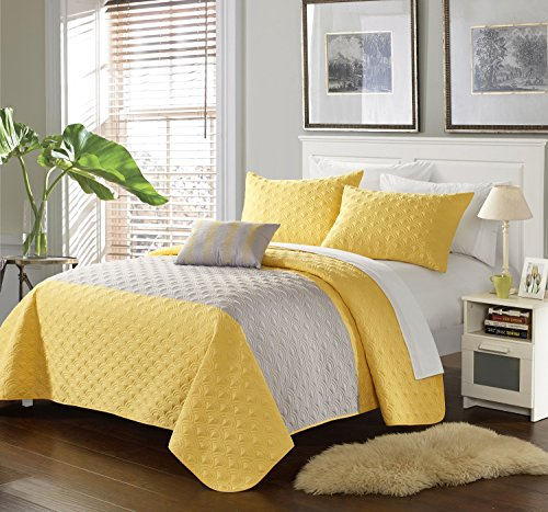 Chic Home 4 Piece Ellias Geometric Quilting Embroidery King Quilt (King Quilt Dimensions)