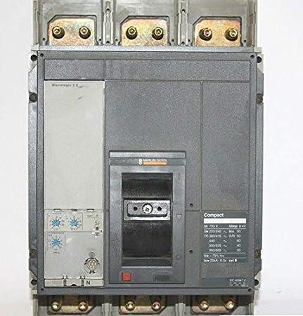 450 amp   240vac circuit breaker  solar battery bank  electric car or 125vdc