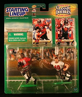 WARRICK DUNN / TAMPA BAY BUCCANEERS & MIKE ALSTOTT / TAMPA BAY BUCCANEERS 1999-2000 NFL Classic Doubles * Winning Pairs * Starting Lineup Action Figures & Exclusive Collector Trading Cards