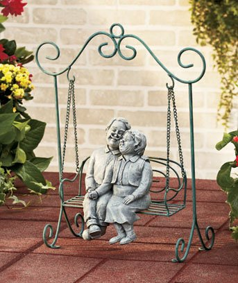 Grandparents Sweet Couple Garden Statue On The Bench