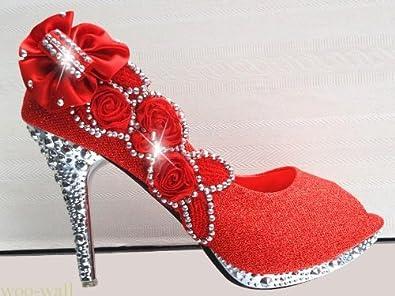 86f40a79592ea Wotefusi Women 3D Flowers Rhinestone Peep-Toe Bling Wedding Party Club  Bride Bridesmaid High Heels Shoes Stiletto  Amazon.com.au  Fashion
