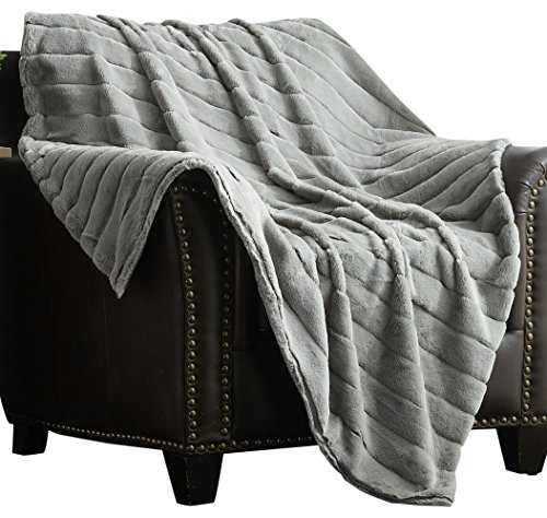 Chic Home Atara Throw Blanket New Faux Fur Collection Cozy Super Soft Ultra Plush Micromink Backing Decorative Channel Quilted Design  50  X 60  Silver