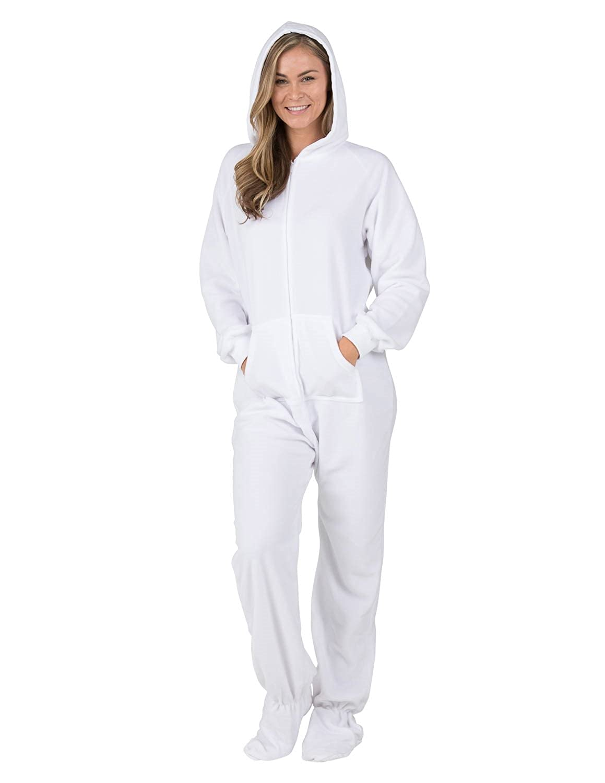 9cc244b31 White Feety Pajamas
