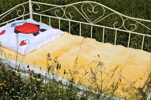 UNTERBETT  MEDIZINISCH Felldecke Bettfell Bettauflage Kinderbett Rhea Lammfell