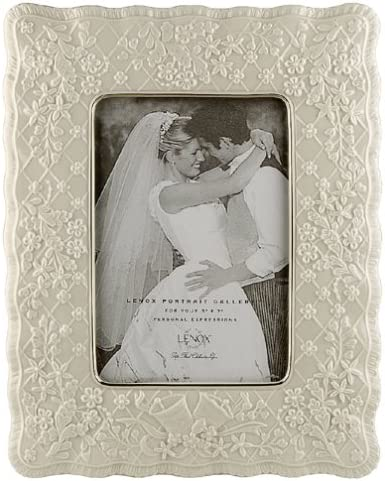 Lenox Wedding Promises 5 Inch X 7 Inch Fine China Frame Amazon Co Uk Kitchen Home