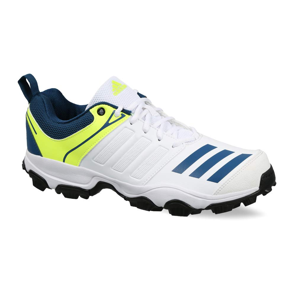 a9b700a1c3b2 Adidas Men s Cricket Shoes  Buy Online at Low Prices in India - Amazon.in