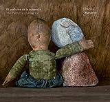 El Perfume de la Ausencia / Cecilia Mandrile : The Perfume of Absence / Cecilia Mandrile, Cecilia Mandrile, 0615796508