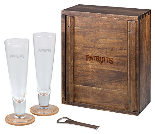PICNIC TIME NFL New England Patriots Acacia Wood Pilsner Beer Glass Gift Set for Two