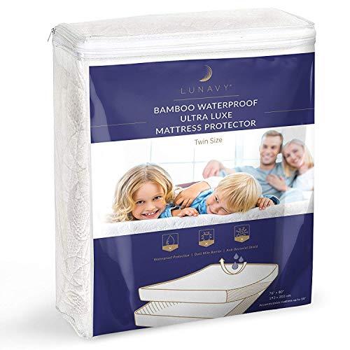 (LUNAVY Premium Bamboo Waterproof Mattress Protector - Machine Washable Pad (Twin Size))