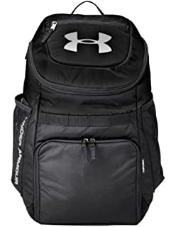 9391bb21 Amazon.com: Under Armour UA Striker Soccer Backpack (Black): Clothing