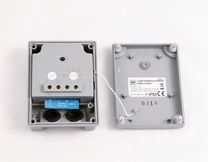BG Electrical IP54 Dusk Till Dawn Outdoor Weatherproof: Amazon.co.uk:  Electronics