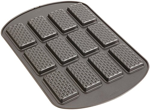 Wilton Nonstick 12-Cavity Rectangle Ice Cream Sandwich Pan ()