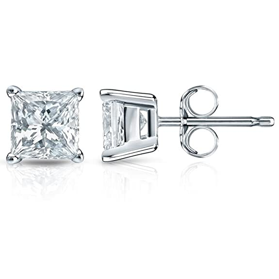Amazing Christmas gift: Diamond Stud