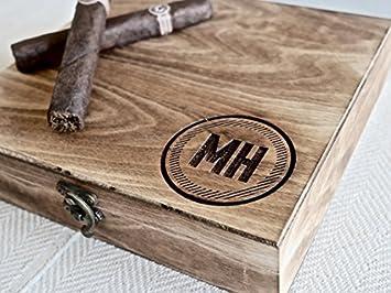 Amazon.com: Swanky Badger - Caja de puros personalizada ...