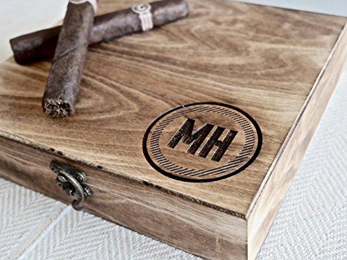 Engraved Cigar Humidor - 4