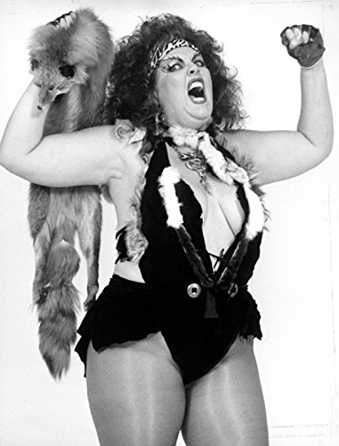 Glamazon Queen Kong: My Life of Glitter, Guts, and Glory