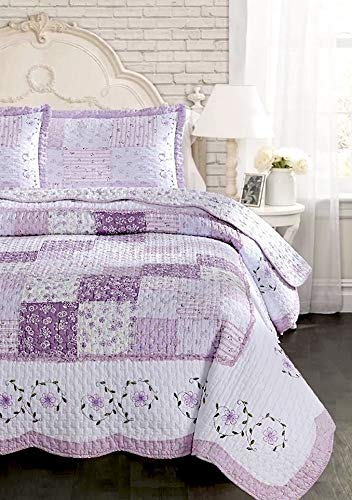 Lavender Dreams Cottage Chic Floral Patchwork Quilt Set - Alternating Patches of Light Purple Lilac Embroidered Flowers Quilted Coverlet Set Ruffle Scalloped Hem 100% Cotton - Full/Queen 3-Peice