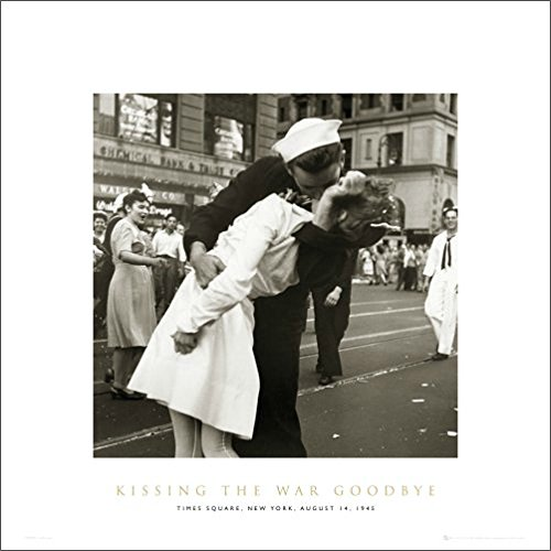 New York City Kissing the War Goodbye (War's End Kiss) Photography Romance Poster Print 16 by 16