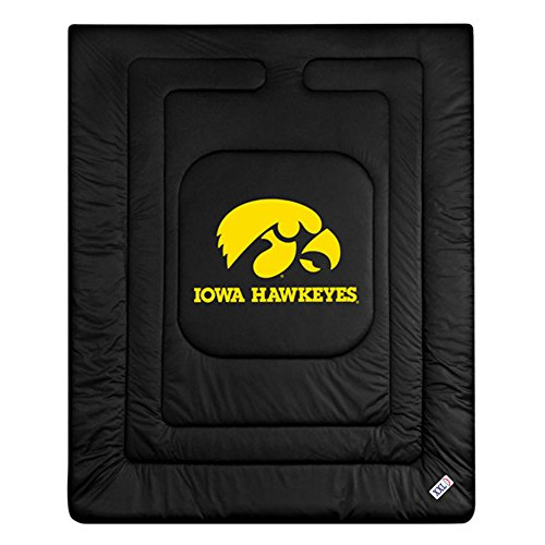 - NCAA Iowa Hawkeyes Locker Room Comforter Twin
