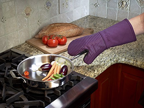 All-Clad Textiles Fire-Resistant Heavyweight Cotton Twill Oven Mitt with Non-Slip Silicone Grip and Reinforced Thumb, 500°F Heat Threshold, Plum Purple by All Clad Textiles (Image #6)'