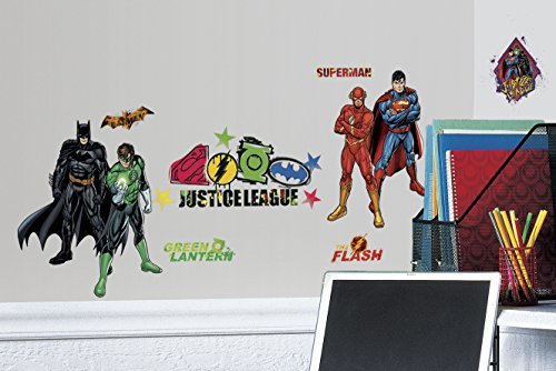 RoomMates RMK2138SCS Justice League Peel and Stick Wall Decals ()