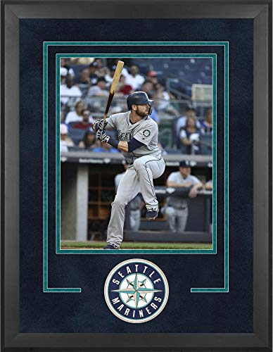 Mounted Memories Seattle Mariners 16x20 Vertical Deluxe Frame