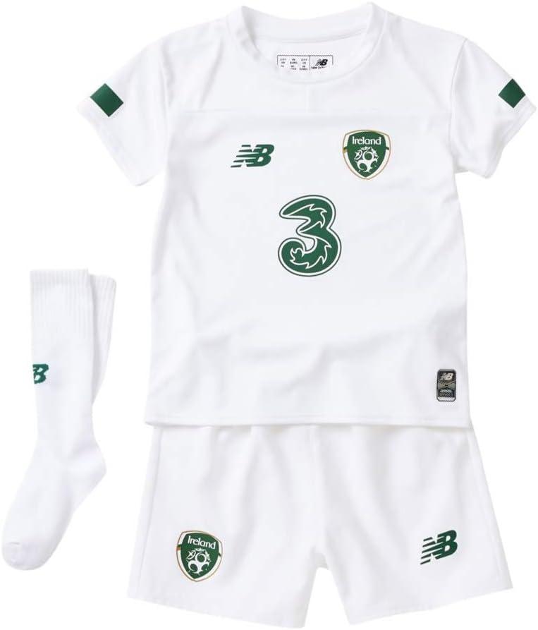 NEW Balance Irlanda Away Football Mini Kit
