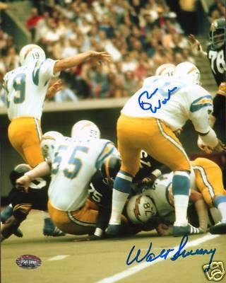 Autographed Walt Sweeney Photo - Russ Washington 8x10 - PSA/DNA Certified - Autographed NFL Photos