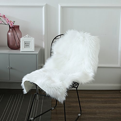 Ojia Pack of 2 Deluxe Soft Faux Sheepskin Chair Cover Seat Pad Plain Shaggy Area Rugs for Bedroom Sofa Floor, 2ft x 3ft (Ivory White)