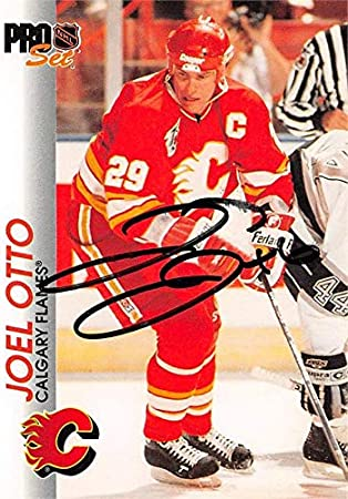 Joel Otto Autographed Hockey Card Calgary Flames 1992 Pro Set 28 Hockey Slabbed Autographed Cards At Amazon S Sports Collectibles Store