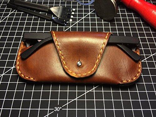 Handmade Leather Sunglasses Case / Vegetable tanned leather sunglasses case