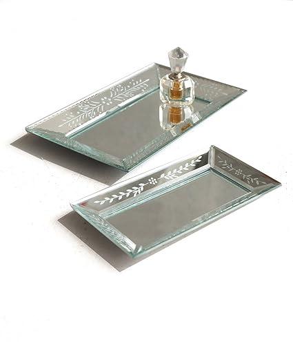 Twos Company ¿exquisito? bandejas de espejo de cristal grabado, juego de 2 Plata