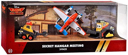 (Disney PLANES: Fire & Rescue Exclusive 1:55 Deluxe Die Cast 3 Pack Secret Hangar Meeting)