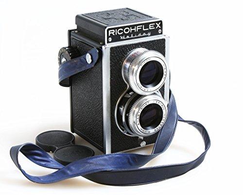RICOHFLEX HOLLIDAY MEDIUM FORMAT TLR CAMERA W/STRAP/CAP