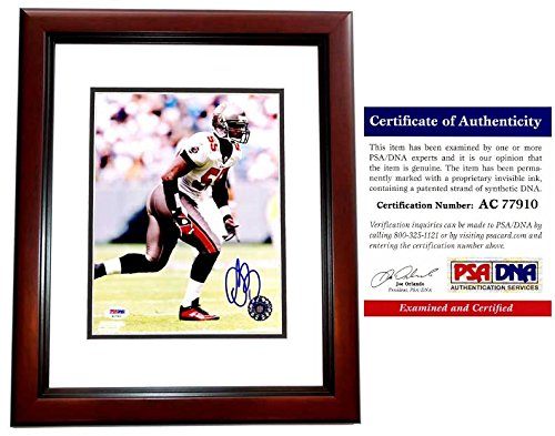(Derrick Brooks Signed - Autographed Tampa Bay Buccaneers - Tampa Bay Bucs 8x10 inch Photo MAHOGANY CUSTOM FRAME - PSA/DNA Certificate of Authenticity (COA))