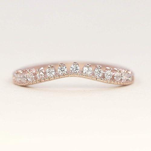 655cac93e7bb1e Amazon.com: 14k Curved Diamond Wedding Ring, Simple Dainty Wedding ...