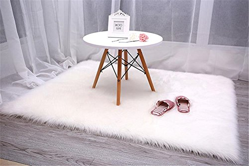 CHITONE Faux Fur Sheepskin Area Rug, Baby Bedroom Rugs Fluffy Rug Home Decorative Shaggy Rectangle Carpet, 2x3 Feet, White