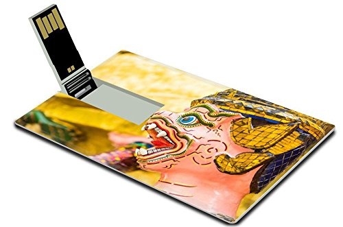 luxlady-32gb-usb-flash-drive-20-memory-stick-credit-card-size-statue-in-wat-phra-kaew-at-bangkok-tha