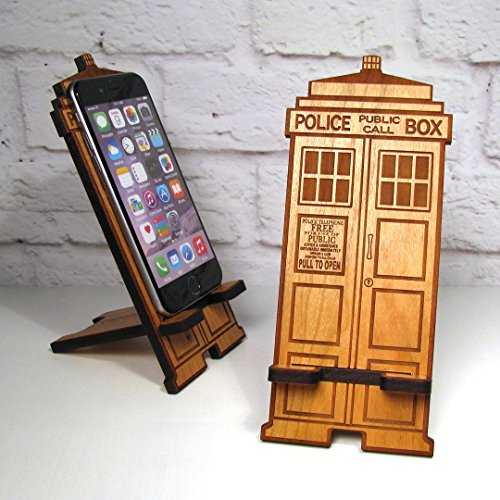 police-box-mobile-phone-stand-dock-for-any-smartphone-fits-iphone-and-galaxy-best