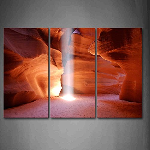 (A Beam Of Light Falling Down In Antelope Canyon Wall Art Painting Pictures Print On Canvas Landscape The Picture For Home Modern Decoration )