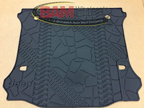2007-2014 Jeep Wrangler Unlimited (4DR) Rubber Tire Tread Design Cargo Mat / Trunk Liner