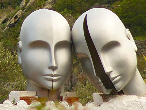 Photography Poster - Heads, Dalí, Lligat Port, Museum, 24