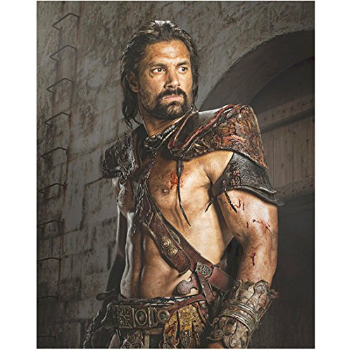 Spartacus:Vengeance Manu Bennett as Crixus Gladiator Pose 8 x 10 inch Photo (Pictures Of Gladiators)