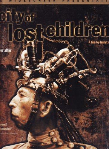 THE CITY OF LOST CHILDREN Deluxe Widescreen Presentation Laserdisc (LD NOT DVD)]()