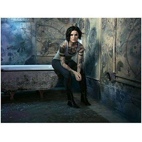 Blindspot (TV Series 2015 - ) 8 inch by 10 inch PHOTOGRAPH Jaimie Alexander Full Body Sitting on Edge of Bathtub kn - Edge Spot Series