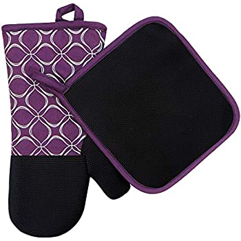 Heat Resistant Hot Oven Mitts & Pot Holders for Kitchen Set With Cotton Neoprene Silicone Non-Slip Grip Set of 2, Oven Gloves for BBQ Cooking Baking, Grilling, Machine Washable (Purple Neoprene)