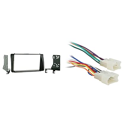 amazon com: metra 95-8204 double din installation kit for 2003-up toyota  corolla vehicles & 70-1761 radio wiring harness for toyota 87-up power 4  speaker: